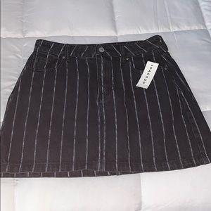 🌿 PacSun black striped denim skirt 🌿